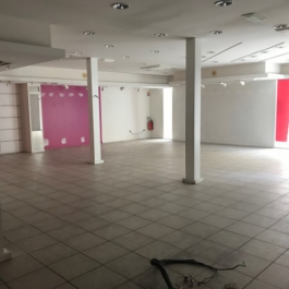 Centre-ville - local commercial de 177 m²