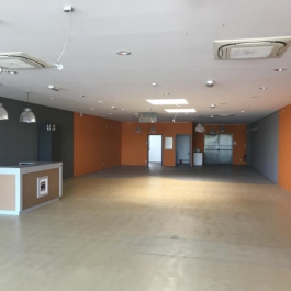 A LOUER - Local commercial 235 m² - Zone de la Mude - BESSINES
