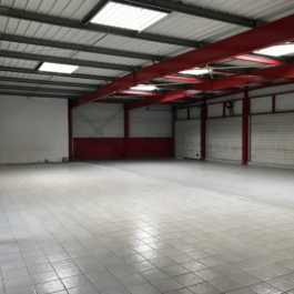 A VENDRE - Local commercial 663 m² - FONTAINE LE COMTE 2