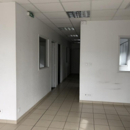 A VENDRE - Local commercial 160 m² - CHATELLERAULT Nord