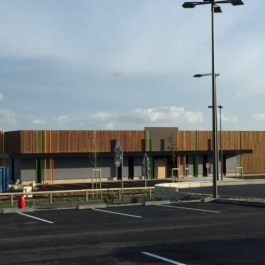 LOCATION - Local commercial 1260 m² - Retail Park Les Grands Philambins - CHASSENEUIL DU POITOU 4