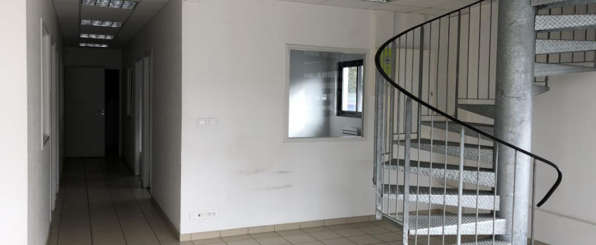 A LOUER - Local commercial 160 m² - CHATELLERAULT Nord